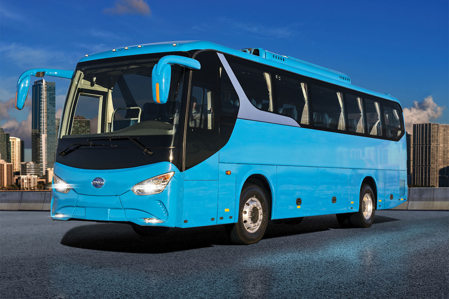 C8M Electric Motor Coach Bus 35 foot